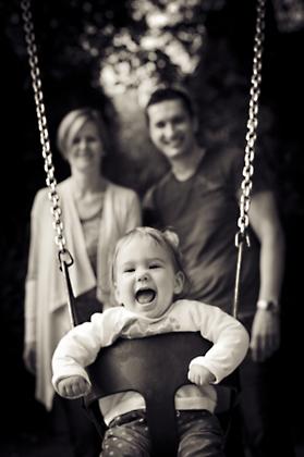 http://pogacia-photo.com/files/gimgs/12_bakonyizsuzsababyfamilyphotography48.jpg