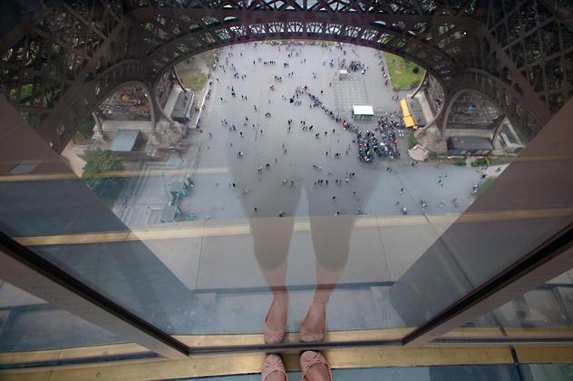 http://pogacia-photo.com/files/gimgs/28_bakonyizsuzsaphotographypariseiffeltower04.jpg
