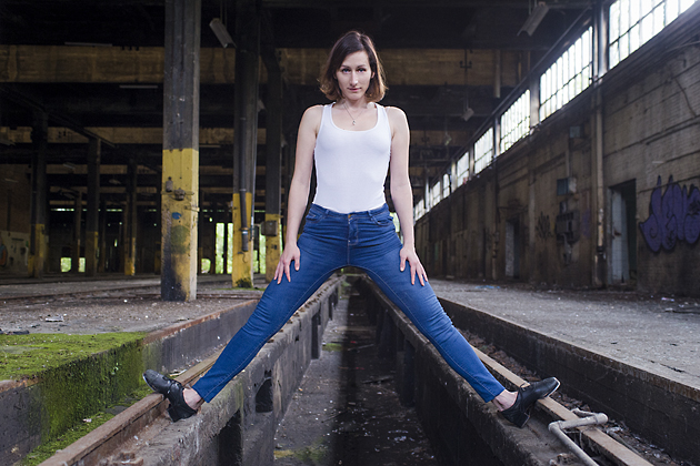 http://pogacia-photo.com/files/gimgs/39_bakonyizsuzsapogaciaphotographerdancedsc5520-copy.jpg