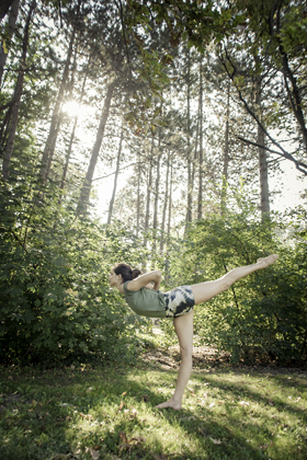 http://pogacia-photo.com/files/gimgs/39_yogaphotographybudapestbakonyizsuzsazsu3152.jpg