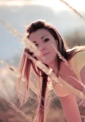 http://pogacia-photo.com/files/gimgs/6_doriinsummerbakonyizsuzsalapogacia.jpg