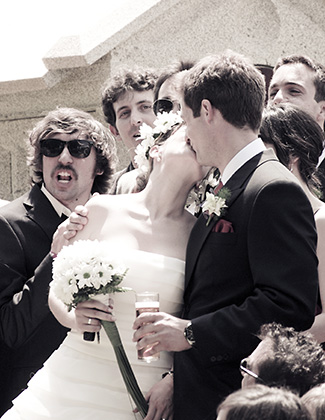 http://pogacia-photo.com/it/files/gimgs/11_weddingphotographykissbakonyizsuzsapogacia.jpg