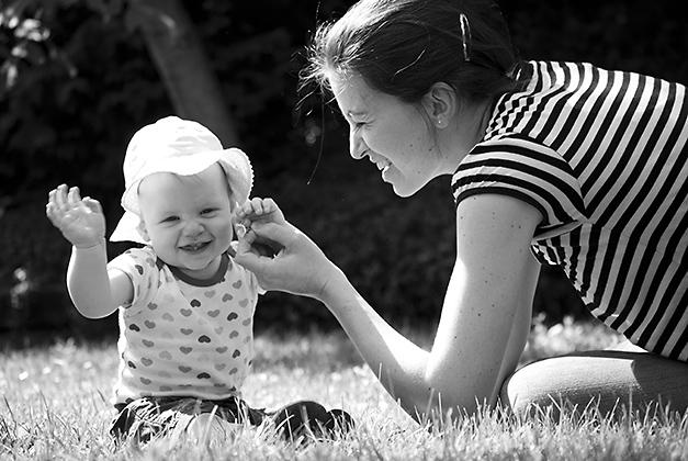 http://pogacia-photo.com/it/files/gimgs/12_babymotherphotobakonyizsuzsapogacia_v2.jpg