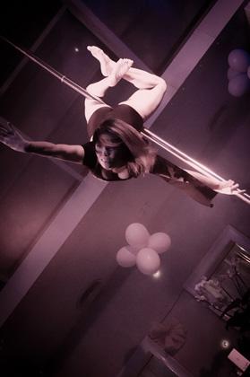 http://pogacia-photo.com/it/files/gimgs/22_acrobatspogaciaphoto51.jpg