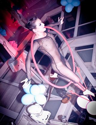 http://pogacia-photo.com/it/files/gimgs/22_acrobatspogaciaphoto53.jpg